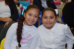 12122016 Brisa y Frida.