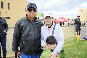 11122016 RECIENTE EVENTO.  Luis, Catalina y Mariana.