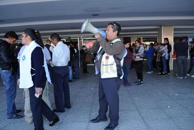 Los ciudadanos siguieron las indicaciones de seguridad.
