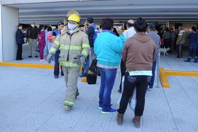 Los derechohabientes fueron evacuados por seguridad.