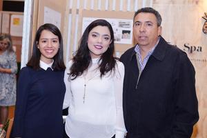 14122016 Diana, Katia y Artemio.