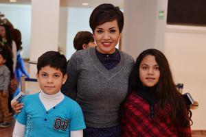 14122016 Gerardo, Janeth y Veira.