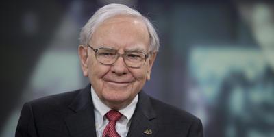 15.- Warren Buffet, cofundador y CEO de Berkshire Hathaway.