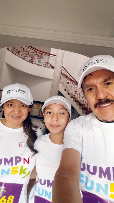15122016 Ana, Anita y Ricardo.