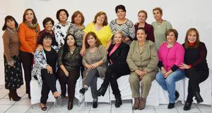 15122016 DISFRUTAN POSADA.  Educadoras jubiladas de la Sección 35 de La Laguna.