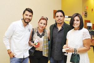 15122016 ASISTEN A EXPO.  José Luis, Gabriela, Juan de Dios y Aracely,