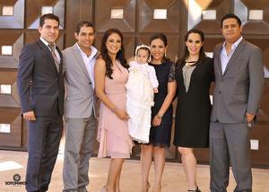 17122016 Sergio, Laura, Zaira, Pedro, Martha y Rodolfo acompañando a Gala.