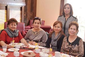 18122016 Laura, Adela, Patricia, Conchis y Lupita.