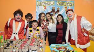 18122016 Lorena Serna, Evelyn Padilla y Gisel Bárcenas con el show infantil.
