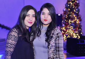 20122016 MUY GUAPAS.  Isabel y Gladys.