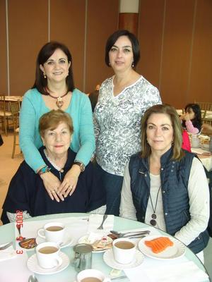 20122016 DISFRUTAN.  Gaby, Raquel, Graciela y Lety.