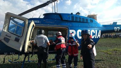 Algunos heridos fueron trasladados en helicóptero.