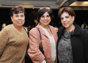 21122016 Conchita, Elsa y Ana Rosa.
