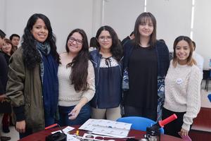21122016 Catalina, Dulce, Erika, Lupita y Valeria.