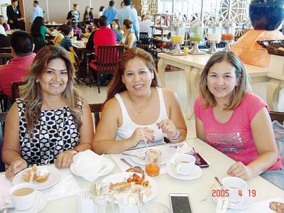 22122016 Hilda Georgina, María F. y Diana.