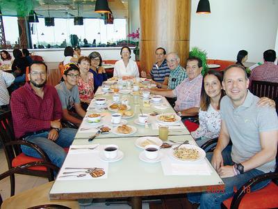 22122016 Orlando, Emilio, Cristy, Juanita, Lupita, Gabino, Eleazar, Gerardo, Eréndira y Eleazar.