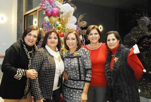 22122016 Anita, Perla y Norma.