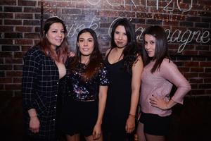 23122016 Stefania, Laura, Fernanda y Claudia.