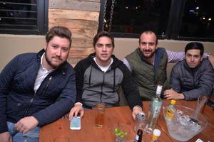Isaac, Eduardo, Omar y Jorge