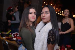 Ana Sofía y Sara