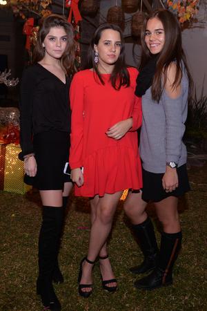 Ari, Ana Cris y Pamela