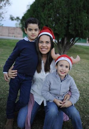 Gilda con sus hijos, Luis Fernando y Ariel