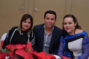 María, Tony y Eli
