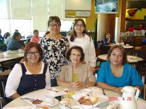 24122016 EN LA TERRAZZA.  Bety, Beatriz, Mayela, Josefina e Irma.