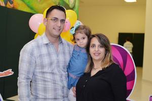 24122016 Eduardo, Bárbara y Maha.
