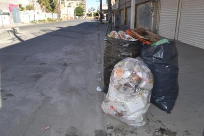 La Secretaría de Medio Ambiente y Recursos Naturales (Semarnat) a nivel federal, llamó a la población a separar los residuos entre orgánico, inorgánico y reciclables para contribuir en la conservación de los recursos naturales.