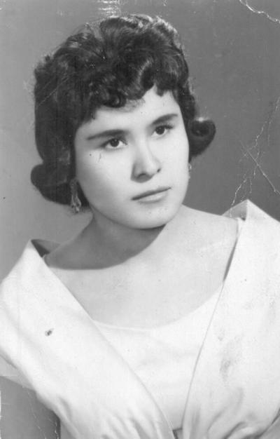 25122016 Sra. María Félix Ocampo Miranda (f), hace siete décadas.