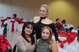 26122016 Liliana, Alma Delia y Laura.