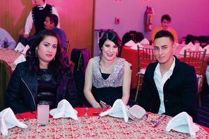 26122016 Rosario, Sarahí y Jonathan.