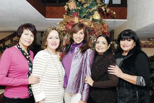 25122016 Rocío, Lupita, Brenda, Estela y Aurora.
