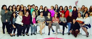 26122016 POSADA.  En conocido centro social de Ciudad Lerdo, Durango, llevaron a cabo su tradicional posada las educadoras jubiladas de la Sección 35 de La Laguna.