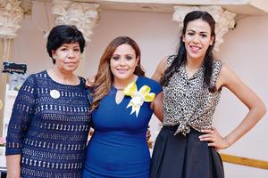 25122016 Cecy con Adriana y Elisa Rubio.