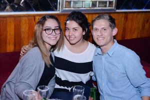 27122016 Jaqueline, Valeria y Aldo.