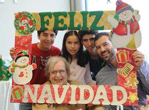 27122016 Aurora Sáenz, Benjamín, Nicolás, Benjamín Jr. y Carlota Díaz.