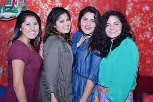 27122016 Natalia, Jennifer, Andrea y Nona.