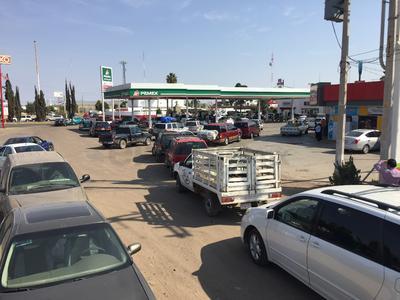 Así lucían las estaciones para acceder al combustible.