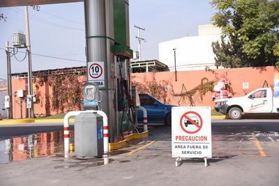 Expendedores afirmaro que para la tarde de este mismo martes habría abastecimiento a algunas gasolineras, luego de tres días sin que llegara combustible de forma regular.