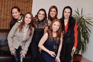 28122016 ¡SE DESEAN FELIZ NAVIDAD!  Laura, Liliana, Patricia, Georgina, Berenice y Paola.
