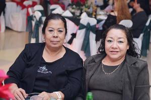 29122016 EN FESTEJO.  Marcela y Luz.
