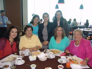 29122016 Mariana, Luz María, Tania, Fabiola, Ketita, Ixchel y Victoria.