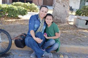30122016 Isabel y Ámbar.
