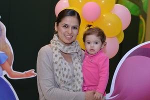 30122016 FESTIVAL NAVIDEñO.  Alejandra y Mariana.