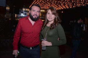 30122016 DE ANTRO.  Juan Manuel y Olga.