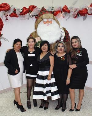 02012017 FIESTA NAVIDEñA.  Gaby, Lily, Sarita, Olivia y Amayrani.