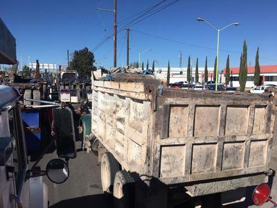 Cientos de transportistas de Durango se sumaron a las manifestaciones en rechazo por el incremento en los precios de los combustibles.