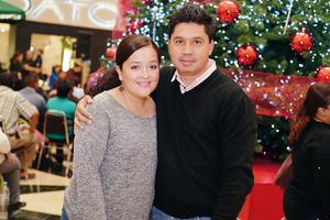 03012017 EN PAREJA.  Roberta y José Luis.